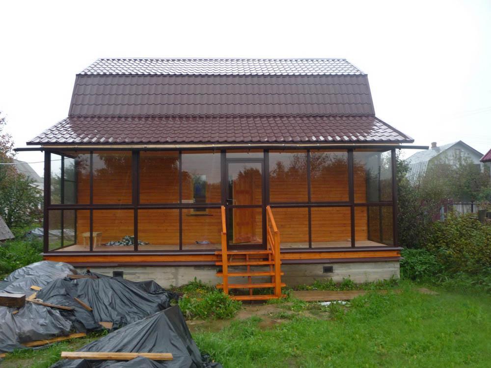 Остекление террасы на даче